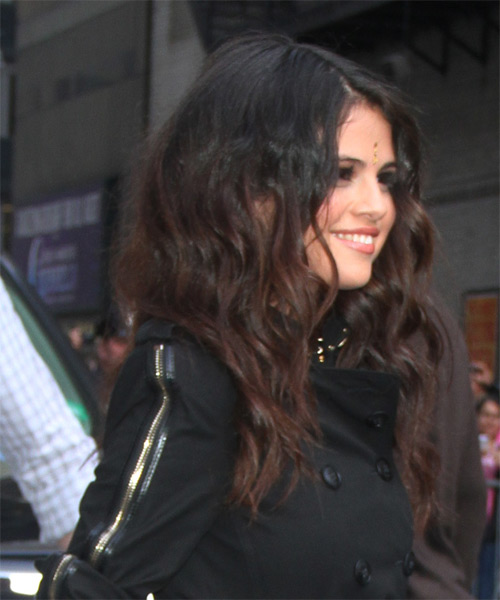 Selena Gomez Long Wavy   Dark Mocha Brunette   Hairstyle   - Side on View