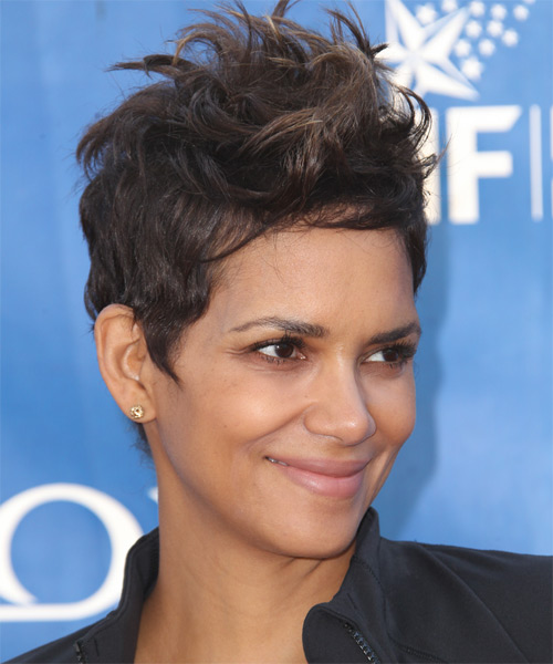 Halle Berry Short Straight Casual    Hairstyle   - Mocha Hair Color - Side on View