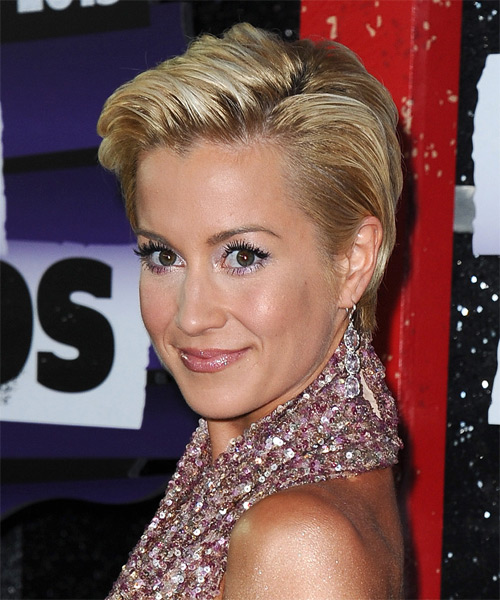 Kellie Pickler Short Straight Formal    Hairstyle   -  Blonde Hair Color with Light Blonde Highlights - Side on View