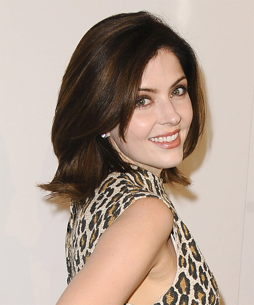 Jen Lilley Medium Straight Formal   Hairstyle   - Side on View