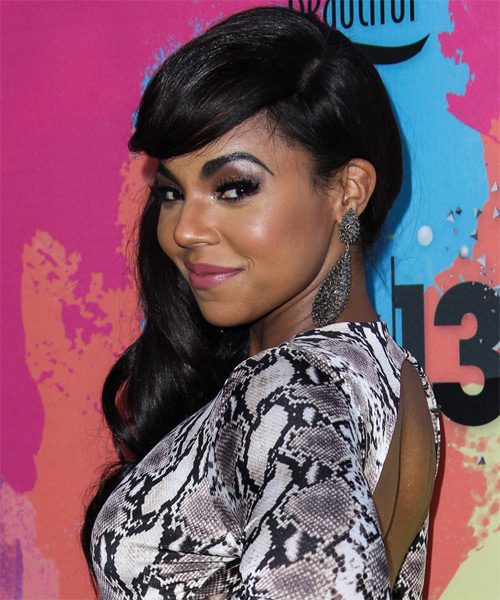 Ashanti Long Wavy Casual   Hairstyle   - Side on View