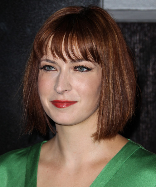 Diablo Cody Medium Straight Casual   Hairstyle   - Side on View