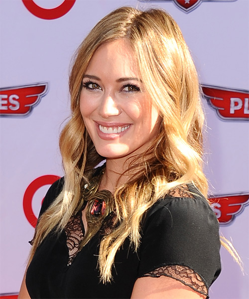 Hilary Duff Long Wavy Casual   Hairstyle   - Side on View