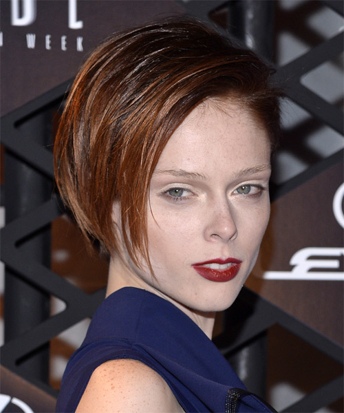 Coco Rocha Short Straight Formal   Hairstyle   - Side on View