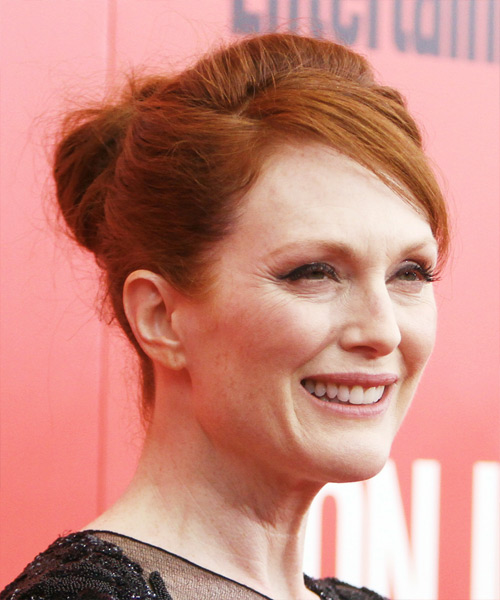 Julianne Moore  Long Straight Casual   Updo Hairstyle   - Side on View
