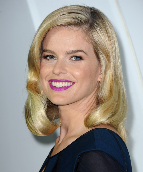 Alice Eve Medium Straight Formal   Hairstyle   - Side on View