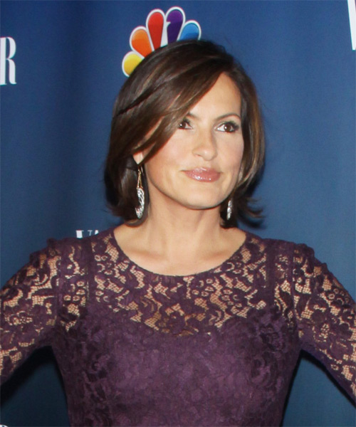 Mariska Hargitay Short Straight Formal    Hairstyle with Side Swept Bangs  - Side on View