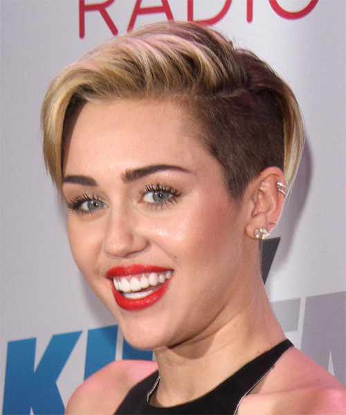 Miley Cyrus Short Straight Casual    Hairstyle   - Dark Blonde Hair Color with Light Blonde Highlights - Side on View