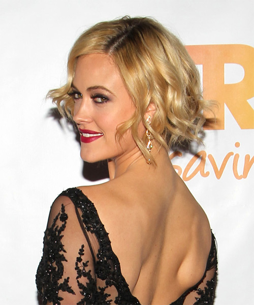 Short Wavy Formal   - Medium Blonde (Golden) - Side on View