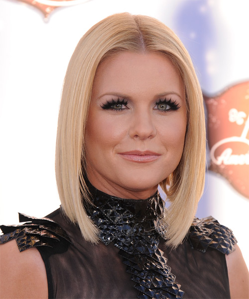 Carrie Keagan Medium Straight Formal   Hairstyle   - Light Blonde (Strawberry) - Side on View