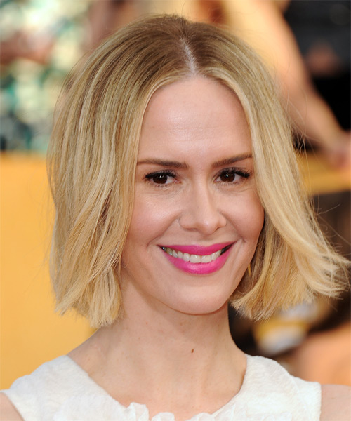 Sarah Paulson Medium Straight Casual  Bob  Hairstyle   -  Blonde Hair Color - Side on View