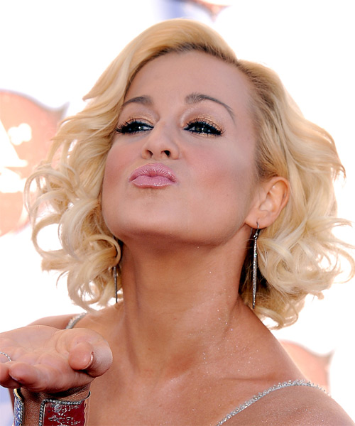 Kellie Pickler Medium Curly Formal Layered Bob  Hairstyle   - Light Golden Blonde Hair Color with Light Blonde Highlights - Side on View