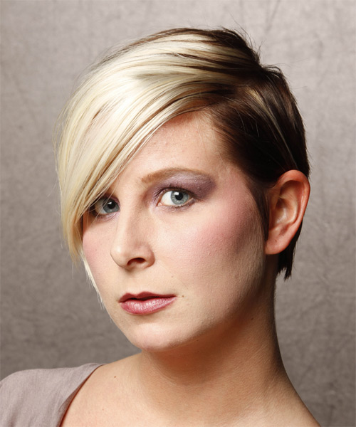 Short Straight Formal    Hairstyle   - Light Blonde and  Brunette Two-Tone Hair Color - Side on View
