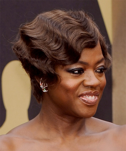 Viola Davis Short Wavy    Chocolate Brunette   Hairstyle   - Side on View