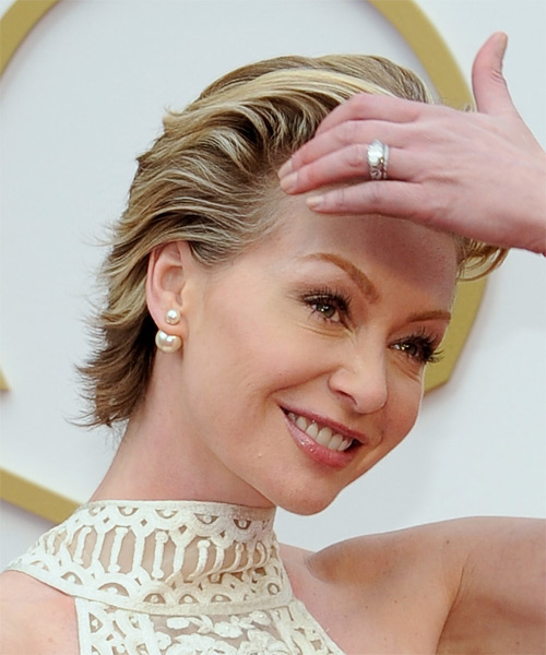 Portia De Rossi Short Straight Formal   Hairstyle   - Medium Brunette (Chestnut) - Side on View
