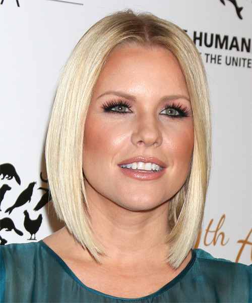 Carrie Keagan Medium Straight Formal  Bob  Hairstyle   - Light Blonde Hair Color - Side on View