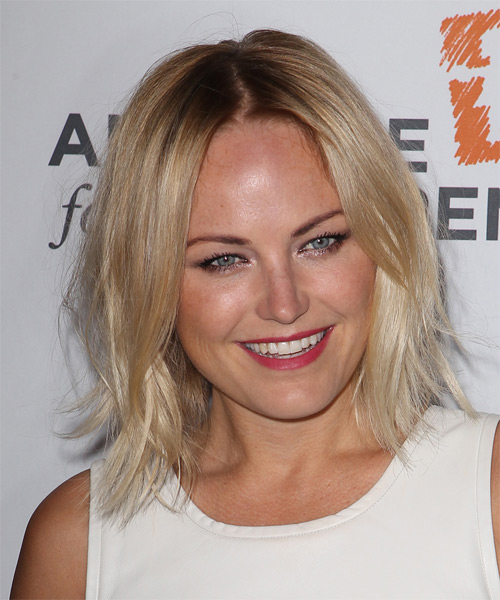 Malin Akerman Medium Straight Casual   Hairstyle   - Light Blonde - Side on View