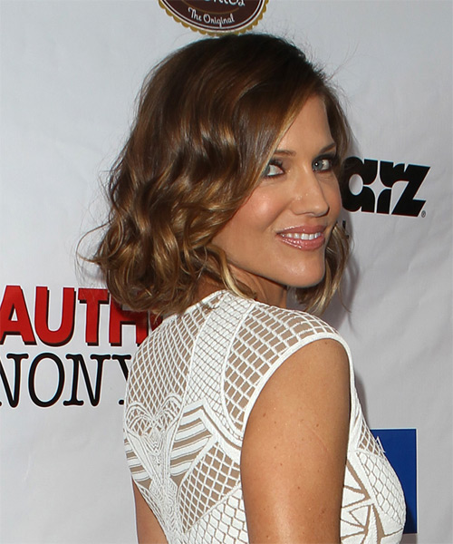 Tricia Helfer Medium Wavy Casual   Hairstyle   - Medium Brunette (Caramel) - Side on View