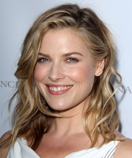 Ali Larter Medium Straight Casual   Hairstyle   - Dark Blonde - Side on View