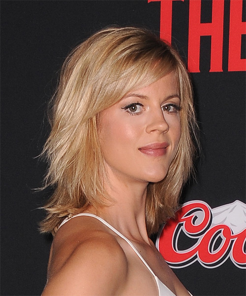 Georgia King Medium Straight Casual   Hairstyle with Side Swept Bangs  - Medium Blonde (Strawberry) - Side on View