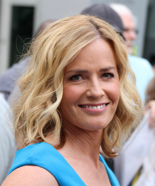 Elisabeth Shue Medium Wavy Casual   Hairstyle   - Medium Blonde (Golden) - Side on View