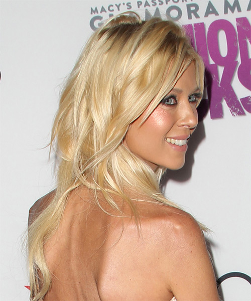 Tara Reid Long Straight   Light Honey Blonde   Hairstyle   - Side on View