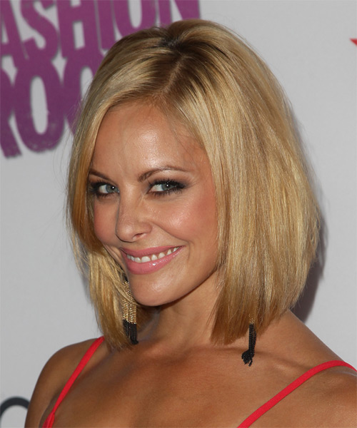 Amy Paffrath Medium Straight    Blonde   Hairstyle   with Light Blonde Highlights - Side on View