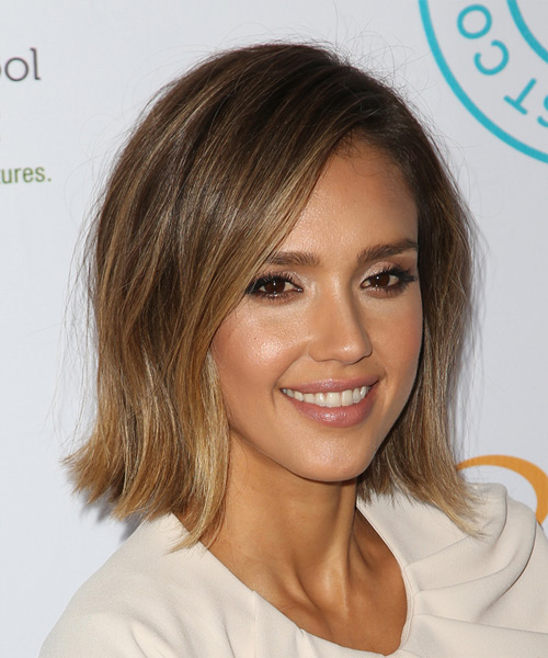 Jessica Alba Medium Straight Casual   Hairstyle   - Medium Brunette - Side View