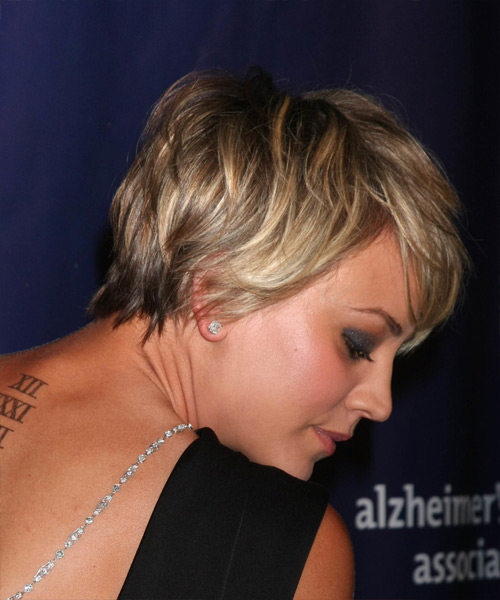 Kaley Cuoco Short Straight   Dark Blonde   Hairstyle with Side Swept Bangs  and Light Blonde Highlights - Side View