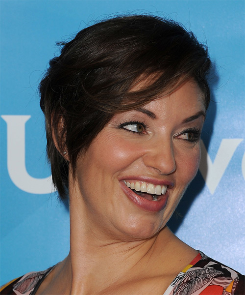 Bianca Kajlich Short Straight Casual   Hairstyle   - Dark Brunette - Side View