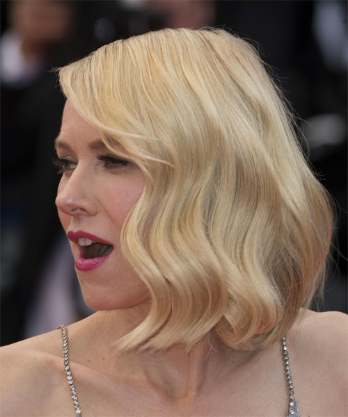 Naomi Watts Medium Straight Casual  Bob  Hairstyle with Side Swept Bangs  - Light Blonde Hair Color - Side View