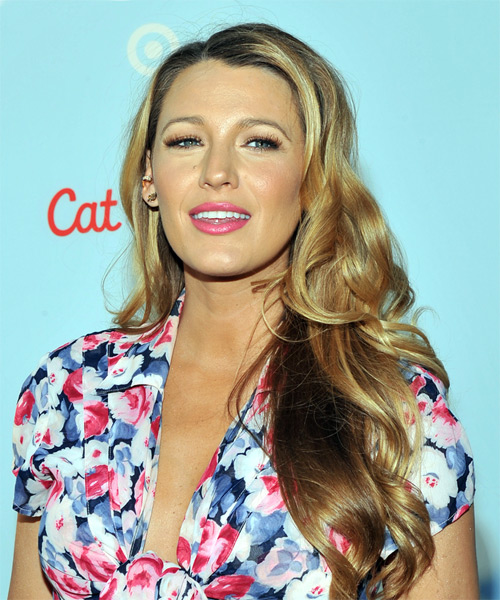 Blake Lively Long Wavy Casual   Hairstyle   - Medium Blonde - Side View