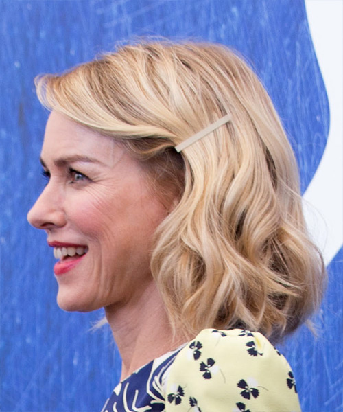 Naomi Watts Medium Wavy Casual Bob  Hairstyle   - Light Blonde - Side View