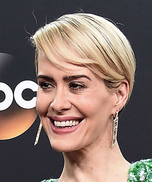 Sarah Paulson Short Straight Formal    Hairstyle with Side Swept Bangs  - Light Blonde Hair Color - Side View