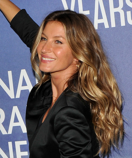 Gisele Bundchen Long Wavy   Dark Honey Blonde   Hairstyle   - Side View