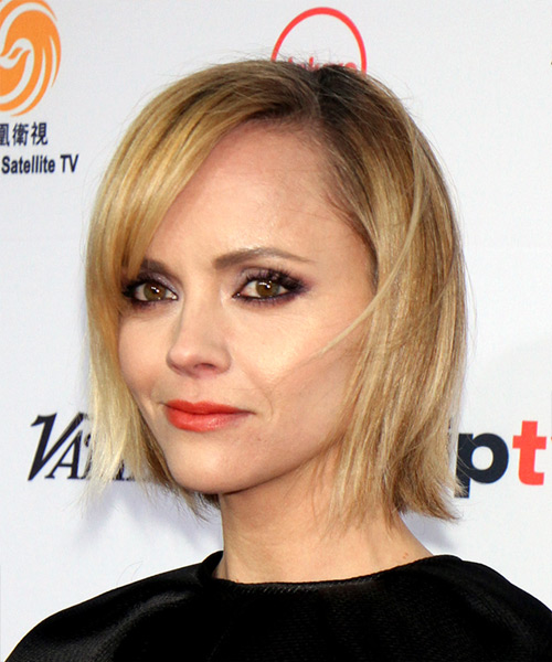 Christina Ricci Short Straight Formal  Bob  Hairstyle with Side Swept Bangs  -  Golden Blonde Hair Color - Side View