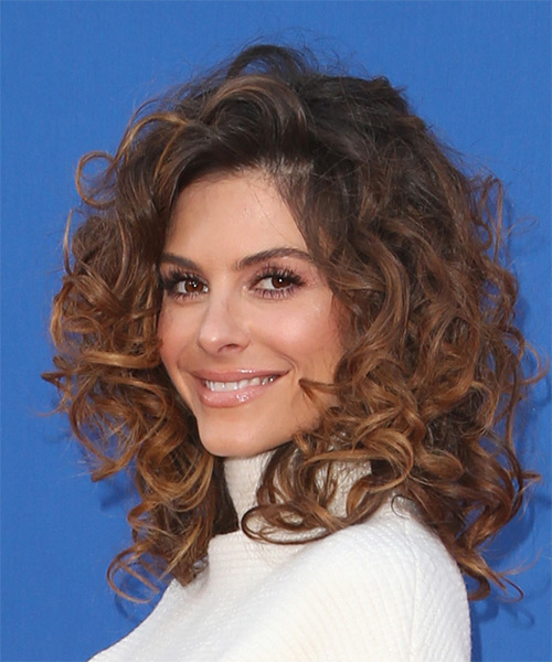 Maria Menounos Medium Curly Casual    Hairstyle   - Medium Brunette Hair Color - Side View