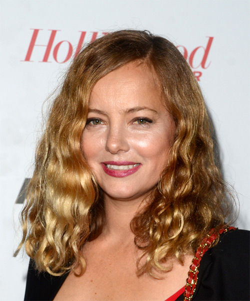 Bijou Phillips Medium Curly Casual  Bob  Hairstyle   - Dark Golden Blonde Hair Color - Side View
