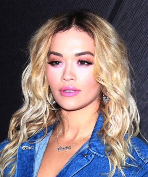 Rita Ora Long Wavy   Light Blonde   Hairstyle   - Side View