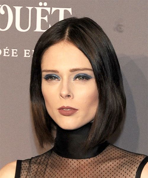Coco Rocha Short Straight Casual Bob  Hairstyle   - Medium Brunette - Side View