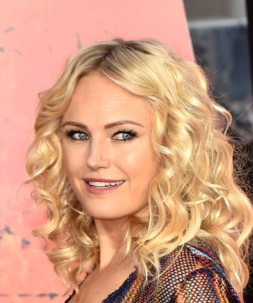 Malin Akerman Medium Curly Casual   Hairstyle   - Light Blonde - Side View
