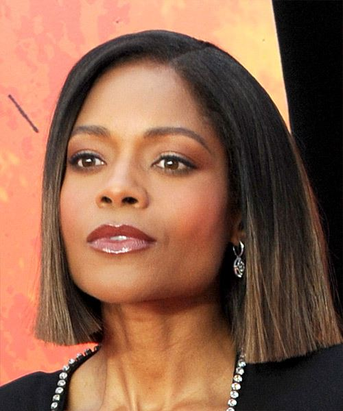 Naomie Harris Short Straight Casual  Bob  Hairstyle   - Black  and Medium Brunette Two-Tone Hair Color - Side View