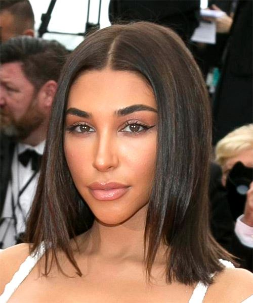 Chantel Jeffries Medium Straight    Brunette Bob  Haircut   - Side View
