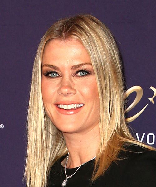 Alison Sweeney Medium Straight   Light Blonde Bob  Haircut   - Side View