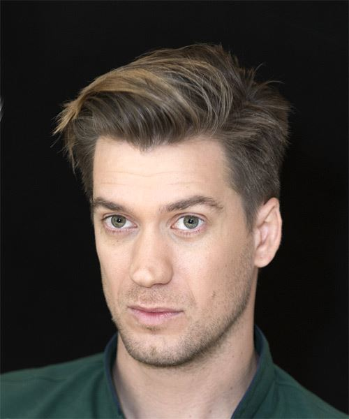 Rafael Casal Short Straight Casual    Hairstyle   - Dark Brunette Hair Color with  Blonde Highlights - Side View