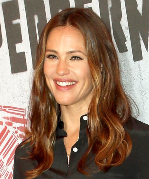 Jennifer Garner Long Wavy   Dark Brunette   Hairstyle   with Dark Blonde Highlights - Side View