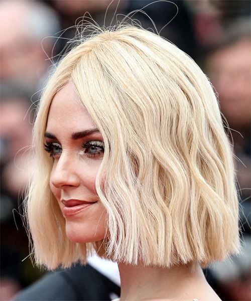 Chiara Ferragni Medium Straight   Light Blonde Bob  Haircut with Blunt Cut Bangs  - Side View