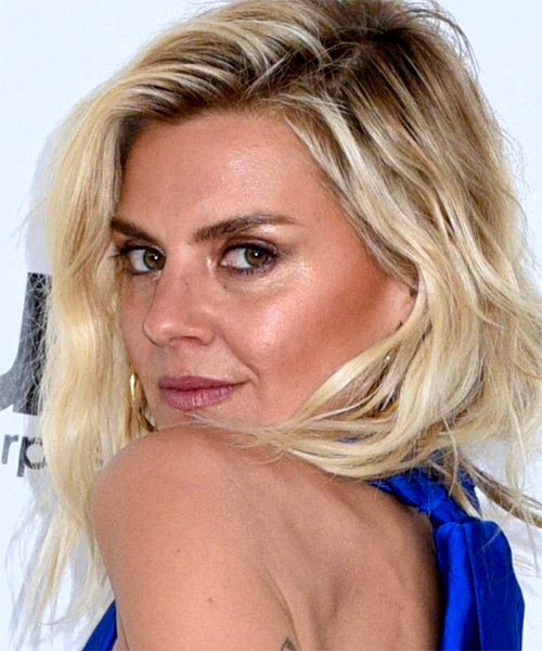Eliza Coupe Medium Wavy   Light Blonde and Black Two-Tone   Hairstyle with Side Swept Bangs  - Side View