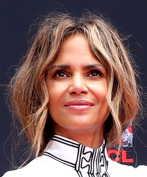 Halle Berry Long Wavy   Dark Brunette   Hairstyle with Layered Bangs  and  Blonde Highlights - Side View