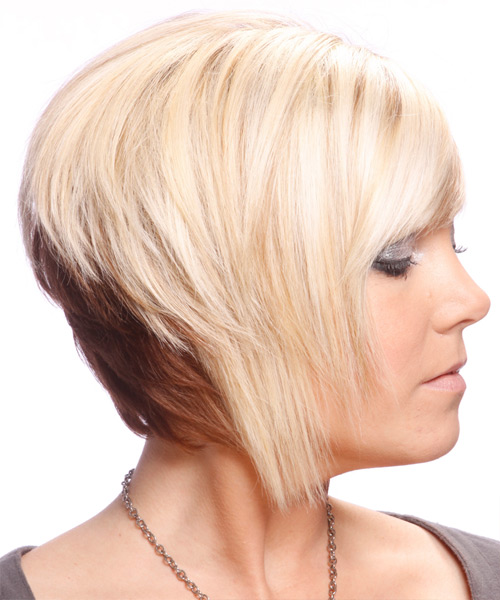 Short Straight Alternative   Hairstyle with Side Swept Bangs  - Light Blonde (Strawberry) - Side View